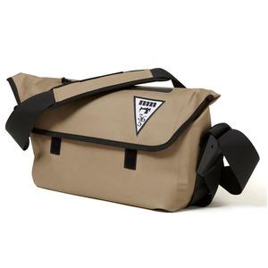 majestic365mil マジェスティックミル[CHILI DOG MESSENGER熱着加工 防水メッセンジャーバッグ  ベージュ